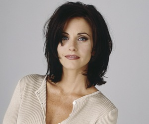 beautiful face, brunette, and courtney cox image