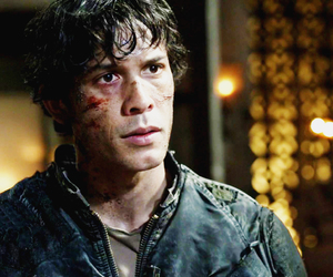 bellamy, the 100, and bob morley image