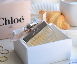 bow, fragrance, and chloe image