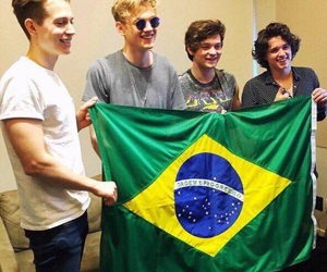 the vamps, band, and brad simpson image