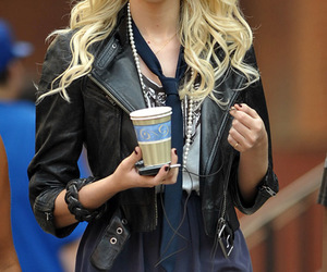 Taylor Momsen and gossip girl image
