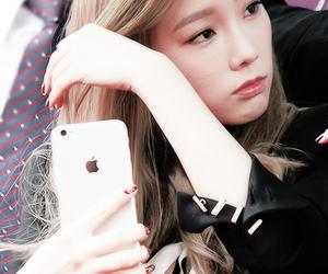 taeyeon and girls generation image