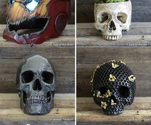 heroes and skull image