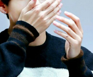 aesthetic, hands, and bts image