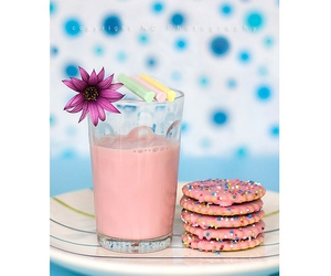 pink, Cookies, and blue image