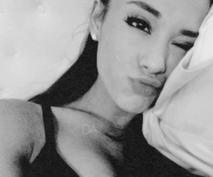 Image by arianagrande fanpage ♡