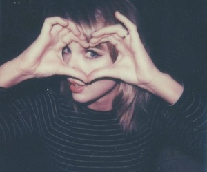 Taylor Swift, heart, and Swift image
