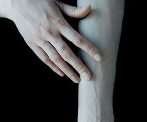 veins, pale, and hands image