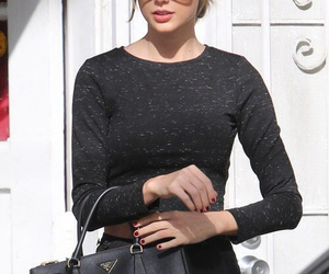 Taylor Swift, fashion, and style image