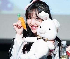 twice, jihyo, and jungyeon image