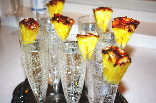 Drinks-party-pineapple-sparkling-water-favim.com-266231_large