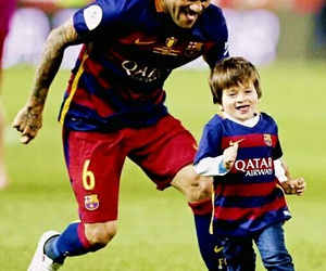 messi, dani alves, and thiago messi image