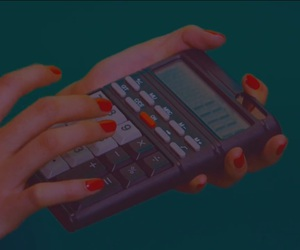 calculator, fingers, and Jonghyun image