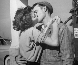 kiss, couple, and vintage image