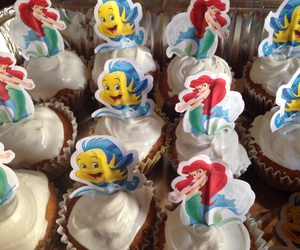 cupcakes, etsy, and frosting image