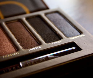 makeup, beauty, and urban decay image