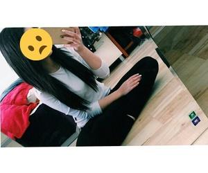 girl, iphone, and lizzi mcdiarmid image