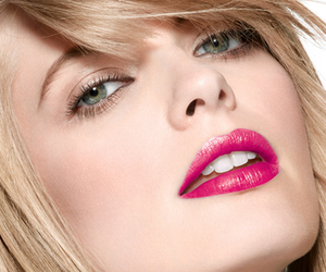 make up and pretty image