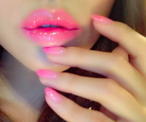 pink, lips, and nails image