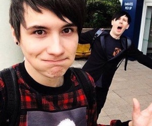 danisnotonfire, dan howell, and amazingphil image