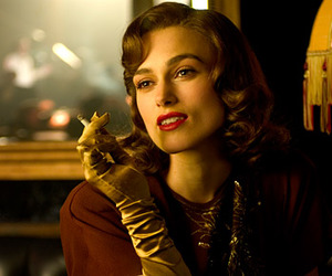 keira knightley, red lips, and vintage image