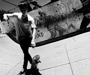 beckham, skate, and Brooklyn image