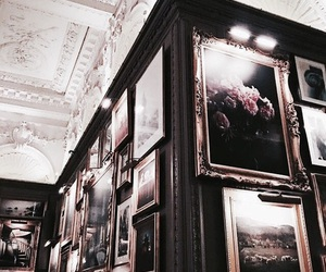 art and gallery image