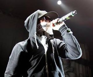 hollywood undead, charlie scene, and jordon terrell image