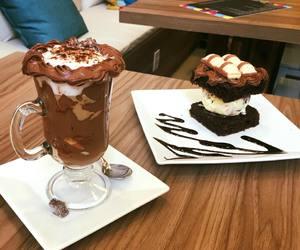 brigadeiro, brownie, and chocolate image