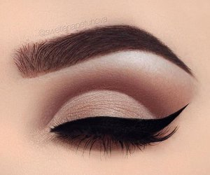 makeup, beauty, and eyeliner image