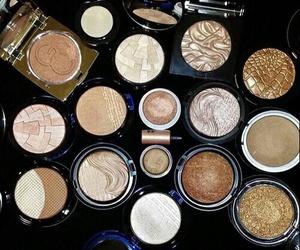 makeup, make up, and highlighter image