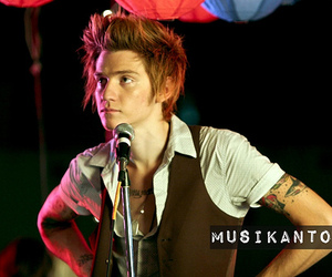 2010, music video, and shoot image
