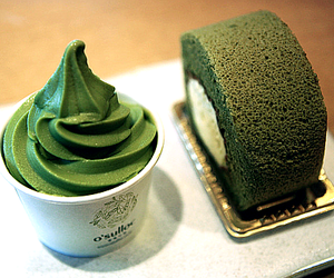 food, green, and cake image