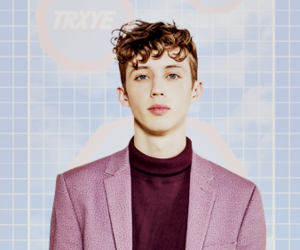 background and troye sivan image