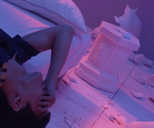 exo, love me right, and lay image