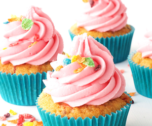 cupcakes, food, and muffins image
