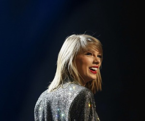 smile, Swift, and taylor image