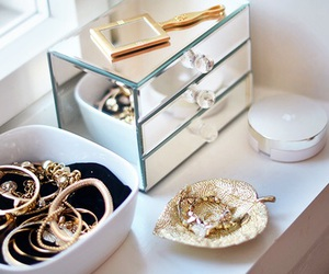 accessories, gold, and luxury image