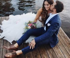 couple, photography, and kiss image