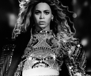 rogers centre, toronto, and queen bey image