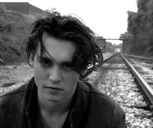 johnny depp, black and white, and boy image
