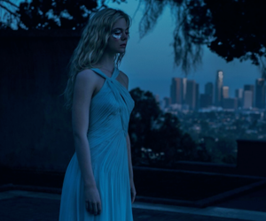 Elle Fanning, blonde, and horror movie image
