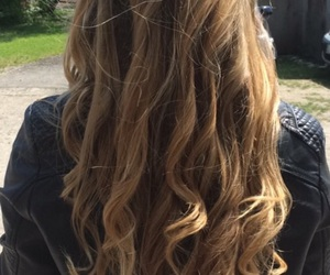 beautiful, long, and curly image