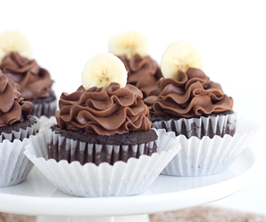chocolate, sweets, and cupcakes image