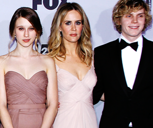 evan peters, ahs, and sarah paulson image