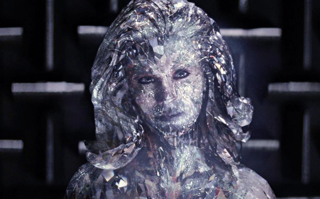 January Jones sebagai Emma Frost di film X-Men Frist Class