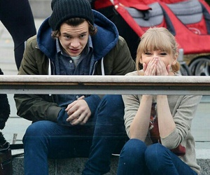 Taylor Swift, Harry Styles, and one direction image