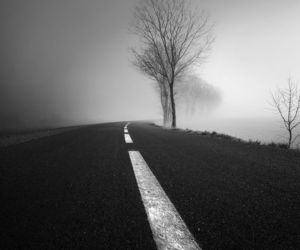 black and white, photography, and dark image