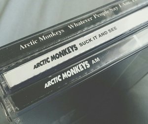 am, arctic monkeys, and suck it and see image
