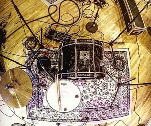 messy, cable, and drums image